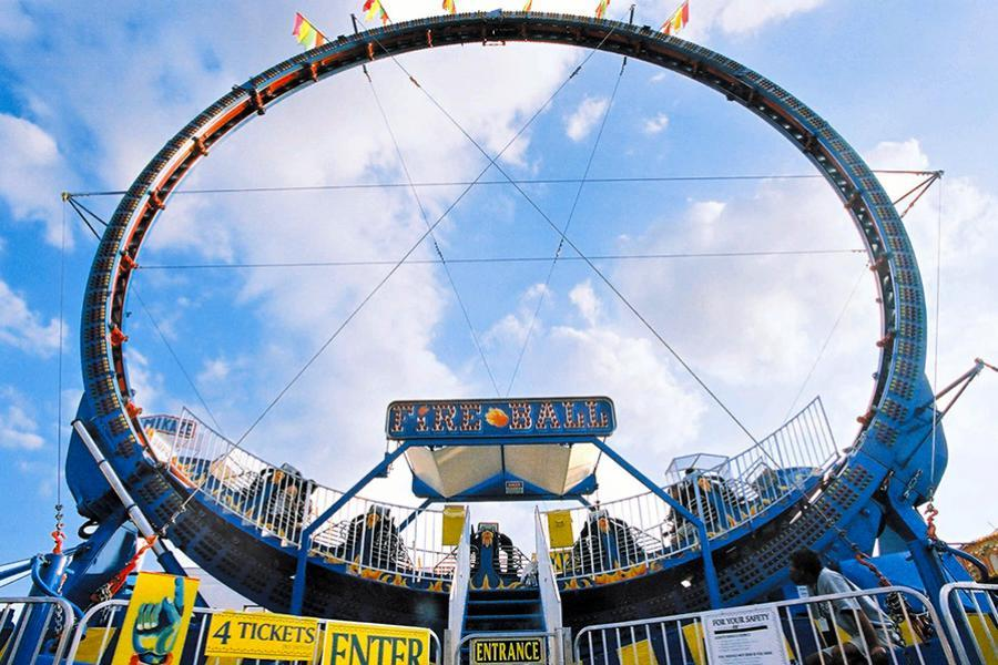 Deep Fry Recipe Fair Food Fried besides Rides furthermore When Carnival Came To Town also The Fun Is At The Fair Traveling Entertainment Trends Fair And Carnival Rides And Games together with Scoping Out The Local Fair Setup. on tilt a whirl carnival ride